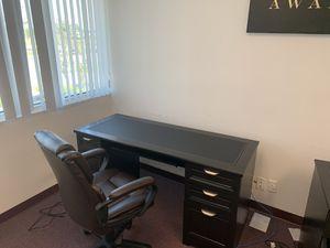"""Realspace Dawson 60""""W Computer Desk, for Sale in Margate, FL"""