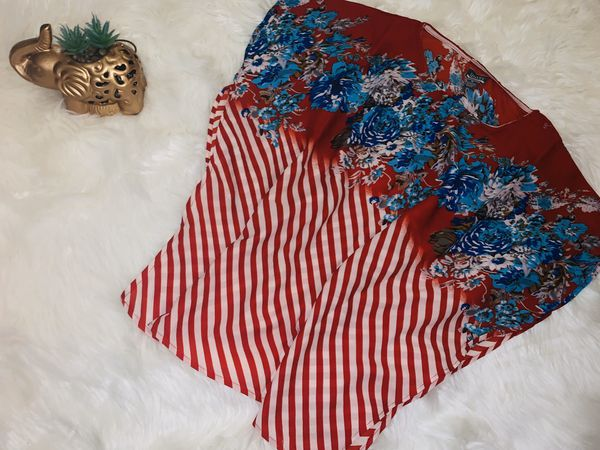 MOVING & CLOSEOUT SALE !!! New Beautiful holiday poncho for sale!!!