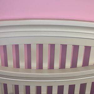 Sorelle Verona Solid Wood Baby Bed 4 N 1 for Sale in Smyrna, TN