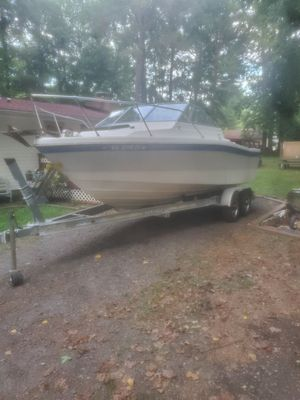 1988 21' Bayliner Cabin Cruiser for Sale in Lusby, MD
