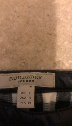 Burberry mini skirt size 6 fits small/medium for Sale in Escondido, CA