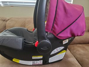 Graco car seat for Sale in Perris, CA