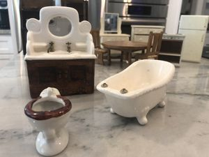 Antique dollhouse furniture & figurines for Sale in Humble, TX