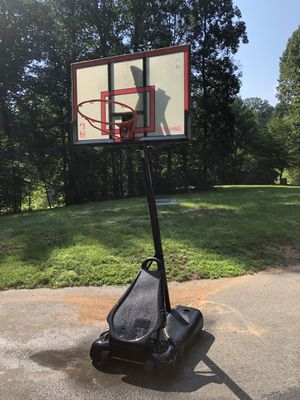 Spalding basketball hoop and stand for Sale in Manassas, VA