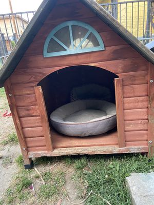 Dog house for Sale in El Monte, CA
