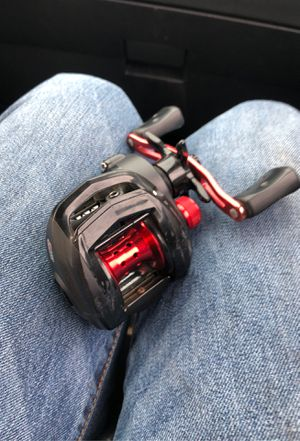 2 abu Garcia are right hand and the white is left hand reel. 30 for the black Max 40 for the silver max and 75 for the okuma or 120 for all for Sale in Wahneta, FL