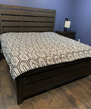 King Bed Set for sale for Sale in District Heights, MD