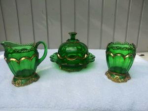 RARE Riverside Glass Co. Beautiful Royal Antique 3 Piece GOLD Trim Empress Cream for Sale in Oldsmar, FL