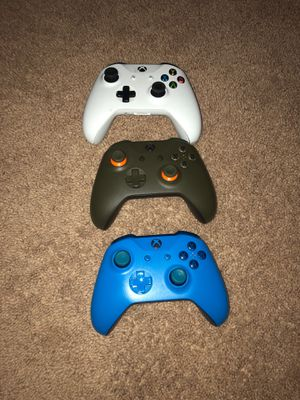 Xbox one controller for Sale in Indianapolis, IN