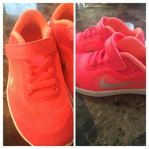NIKE STRAPS , HOT PINK & WHITE, LEATHER & MESH , Size: 9y for like a 3 or 4yrs. old.....BRAND NEW NEVER WORN.... IN STORES THEY'RE $50 , But from me for Sale in Philadelphia, PA