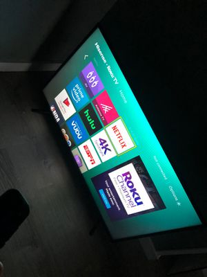 Smart TV great condition 32 inch for Sale in Saugus, MA