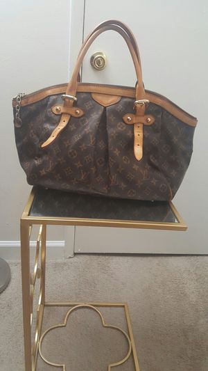 Louis Vuitton authentic bag for Sale in Adelphi, MD