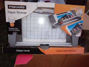 New Paper trimmer. for Sale in Kent, WA