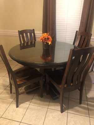 Gallery Furniture Solid Wood Dining Room Table (New Condition) !!Read Description!! for Sale in Houston, TX