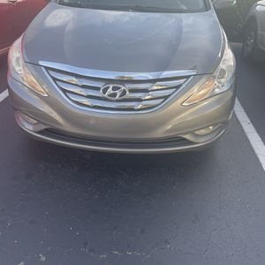 2013 Hyundai Sonata for Sale in Lehigh Acres, FL