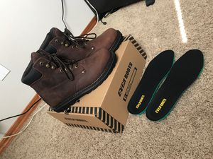 Men's work boots size 9 for Sale in Kennewick, WA