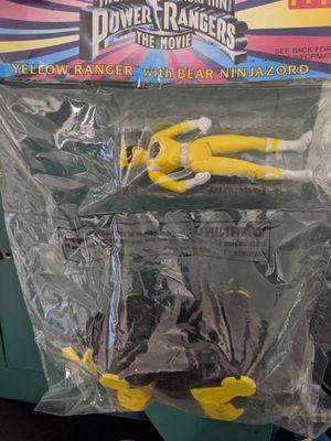 Mighty Morphin power rangers yellow ranger with bear ninjazord for Sale in Clovis, CA