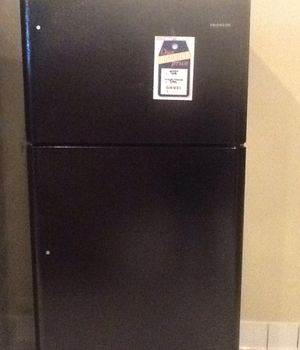 New open box frigidaire top freezer refrigerator FFTR1814TB for Sale in Lawndale, CA