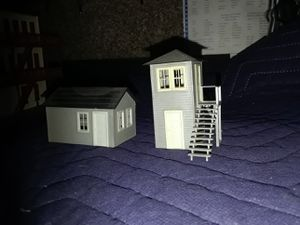 HO scale track side service shed for Sale in Riverside, CA