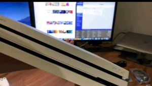 PS4 white slim for Sale in Zionsville, IN