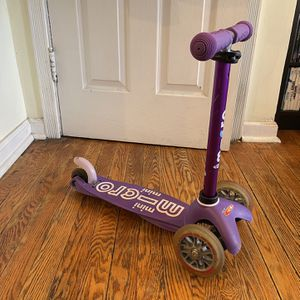 Micro Mini Deluxe Scooter- Purple for Sale in Washington, DC