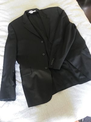 Burberry Suit for Sale in Los Angeles, CA