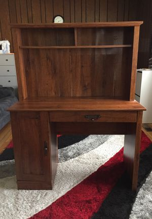 Computer/Work Desk for Sale in St. Louis, MO