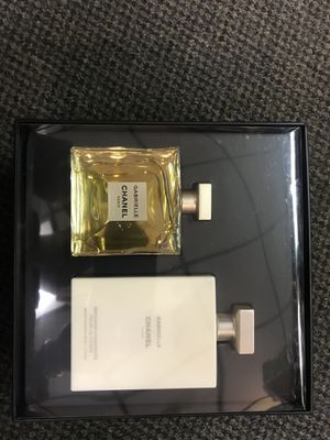 CHANEL GABRIELLE for Sale in St. Louis, MO