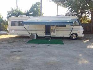 Chevy 1985 motorhome for Sale in Kingsburg, CA