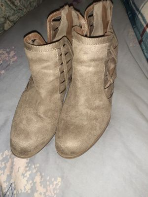 2 pairs of women's boots size 11 for Sale in Midvale, UT