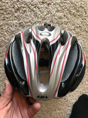 Cycling triathlon road bike helmet Garneau Medium for Sale in Seattle, WA