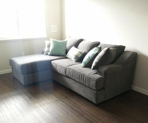 Beautiful sectional sofa for Sale in Sunnyvale, CA