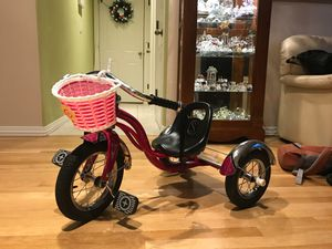 Schwinn Roadster girls pink bicycle tricycle bike for Sale in Portland, OR
