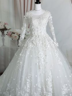 Luxury Ivorh White Floral Long Sleeve Princess Ballgown Fairy Wedding Dress for Sale in Fort Lauderdale,  FL