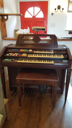 Wurlitzer organ, in great condition. Works great. for Sale in Wheat Ridge, CO