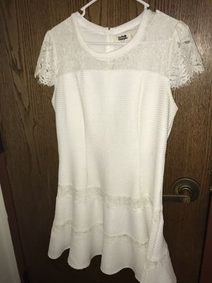 White lace dress for Sale in Bexley, OH