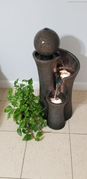 Water indoor fountain brand new for Sale in Kissimmee, FL