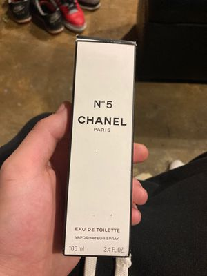 Chanel Paris o 5 for Sale in St. Louis, MO