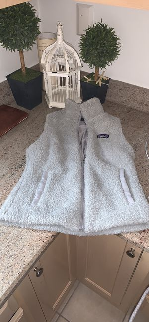 Women's Patagonia Vest for Sale in Willowbrook, IL