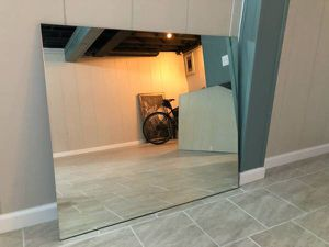 Big Mirror 54 x 36 for Sale in Warren, MI