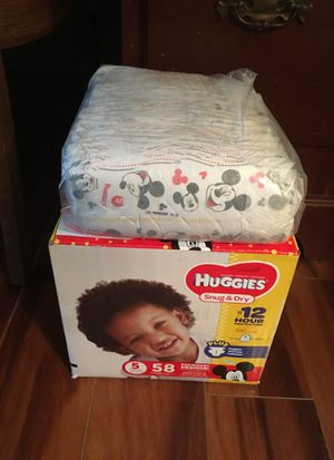 Huggies Diapers Size 5 for Sale in St. Louis, MO