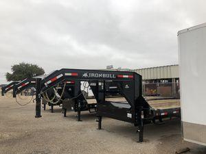 Gooseneck trailer 102x28 for Sale in DeSoto, TX