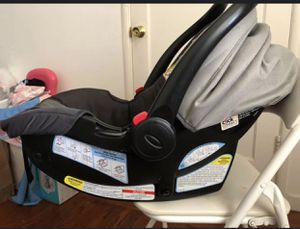 Graco Snugride 35 car seat with base for Sale in Fremont, CA