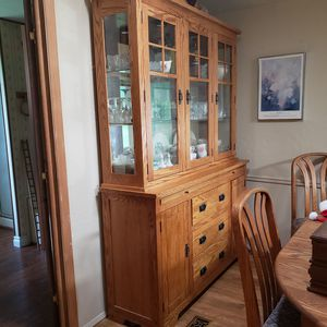 Oak Dining China Hutch for Sale in Sherwood, OR