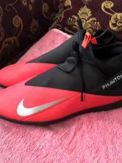 Mens Red Black Nike Phantom Soccer Indoor Shoes Size 11 for Sale in San Diego,  CA