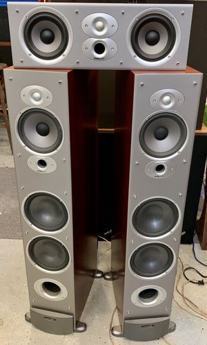 Beautiful Polk Audio RTi10 tower speakers and CSi3 center channel speaker for Sale in Flower Mound, TX