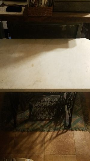 Antique Singer sewing stand witb marble top for Sale in New Freedom, PA