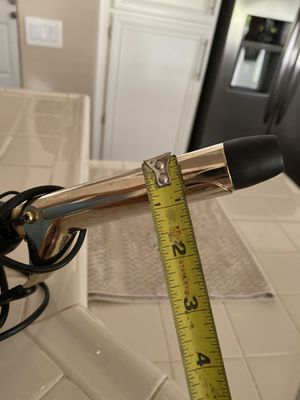 Curling iron with adjustable heat and long wire for Sale in Temecula, CA