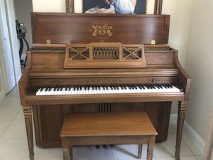 Piano upright for Sale in Miami, FL