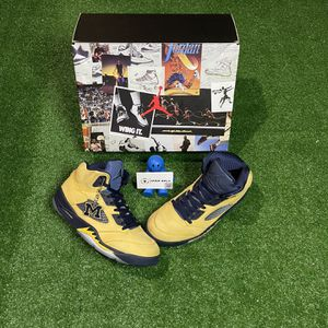Air Jordan 5 SP 'Michigan' for Sale in Windsor, CT